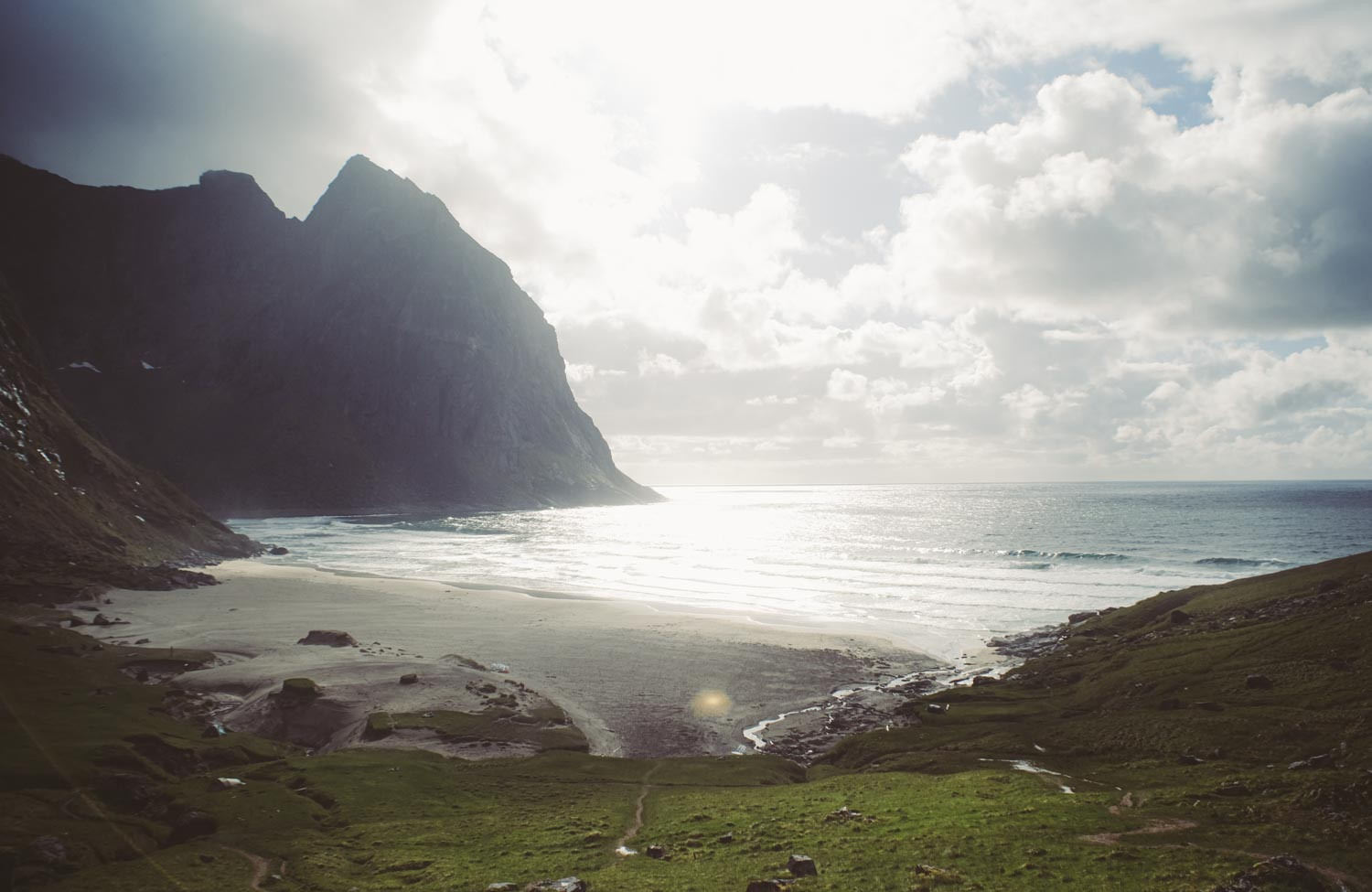 lofoten kvalvika beach cottage photography